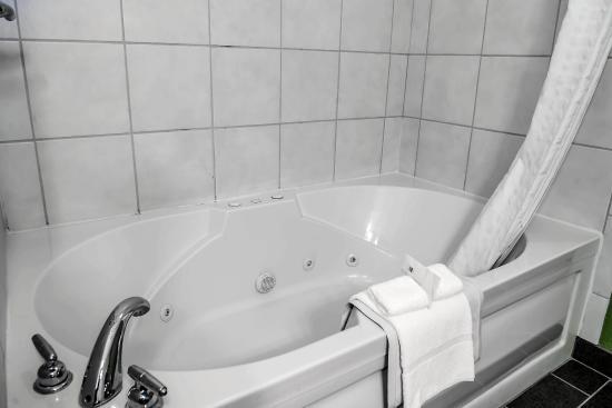 Sleep Inn & Suites Lakeside: INSNKJ