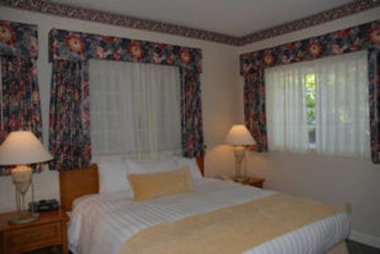 The Grand Hotel: Bungelow Suite