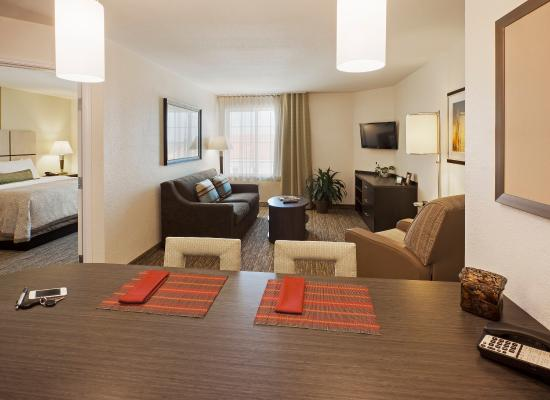 Candlewood Suites Chicago/Naperville