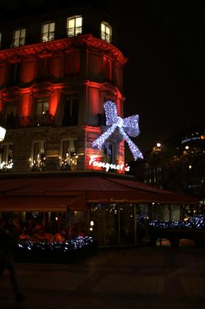 Hotel Atala Champs Elysees: Champs Elysées