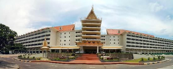 Hotel Cambodiana: frontis del hotel