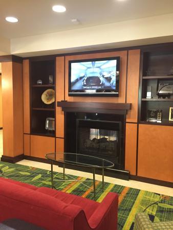 Fairfield Inn & Suites Cartersville: photo2.jpg