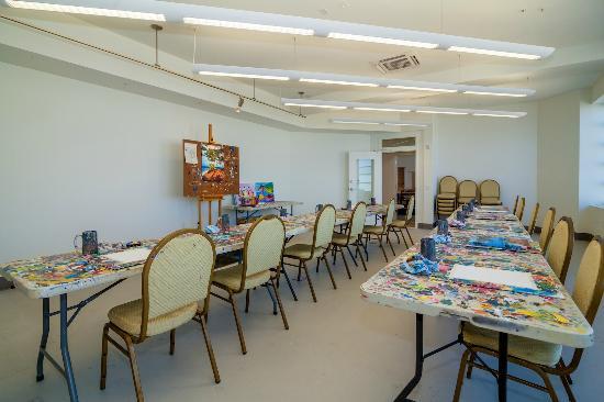 The Studios of Key West : Classroom