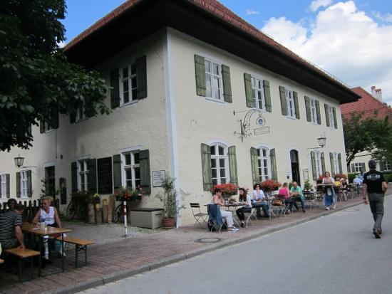 Ohlstadt, Alemania: Landgasthaus Herzogin Anna Schwaiganer Außenansicht