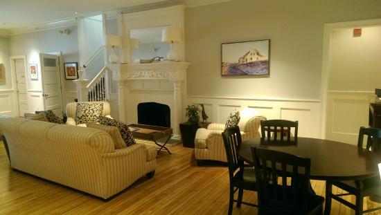 Anchor Inn: Beautiful lobby