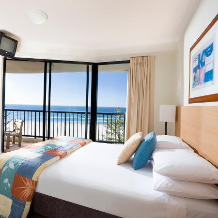 Mantra Coolangatta Beach: One Bedroom Apartment Bedroom