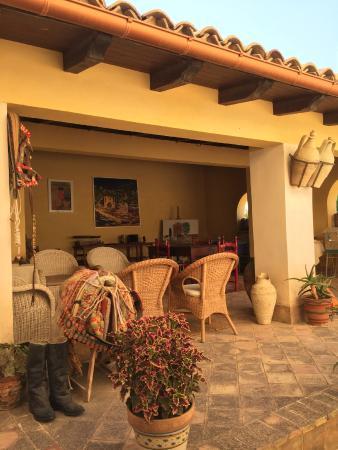 B&B Casa Malerba : Portico interno