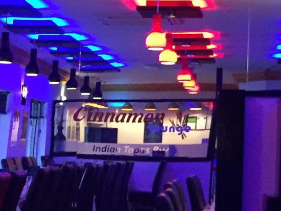 Cinnamon Lounge: photo2.jpg