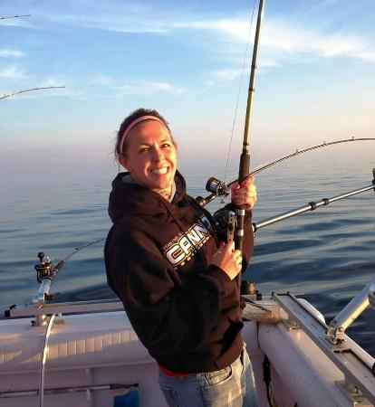Rodmaster fishing charters ludington all you need to for Ludington fishing report