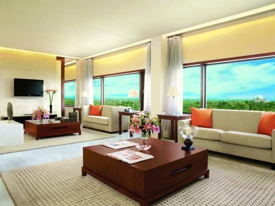 โรงแรมดิ โอเบรอย นิวเดลี: Kohinoor Suite - Living Room