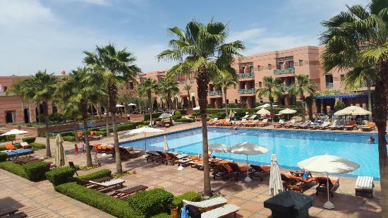 vue de la piscine et du spa picture of hotel les jardins de l 39 agdal marrakech tripadvisor. Black Bedroom Furniture Sets. Home Design Ideas