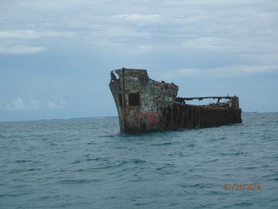 Bimini: Approaching the wreck