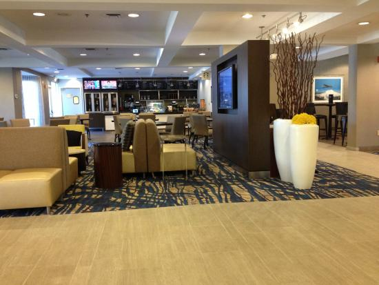 lobby area with starbucks picture of courtyard seattle north rh tripadvisor com