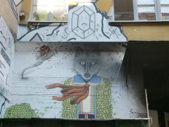 What's Up Wroclaw: Street art bike tour