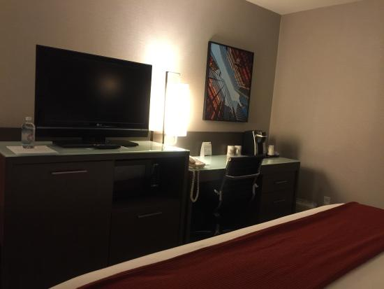 Holiday Inn Express Hotel Vancouver Metrotown: HIE Burnaby