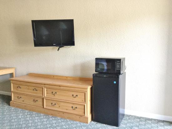 Belvidere, IL: In Room Amenities