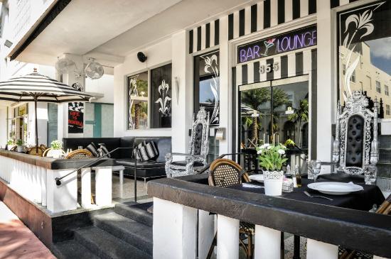 Photo of Chesterfield Hotel Miami Beach