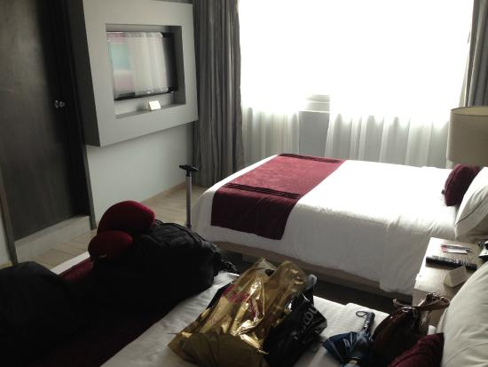 Plaza Diana: Twin bed room