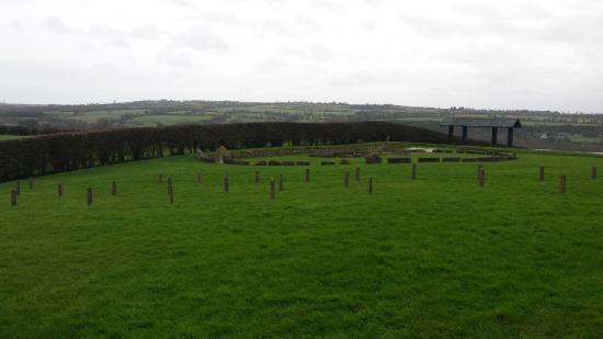 โดรกเฮดา, ไอร์แลนด์: Newgrange