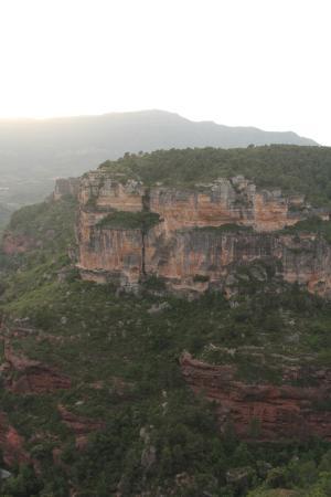 Mirador de Siurana Hotel: Road to hotel