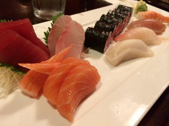 Osaka Seafood Steakhouse: Sushi and sashimi lunch