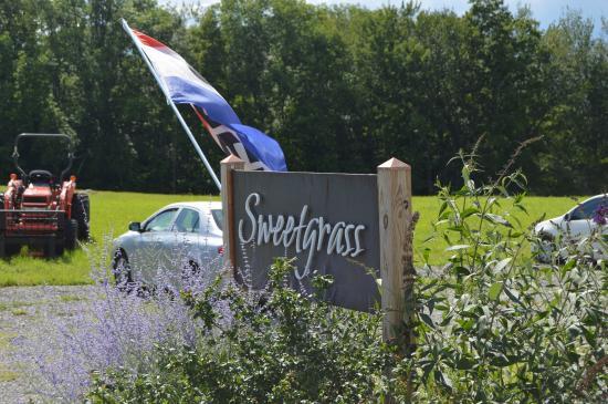Union, เมน: Sweetgrass
