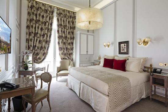 Regina Hotel: Deluxe Room
