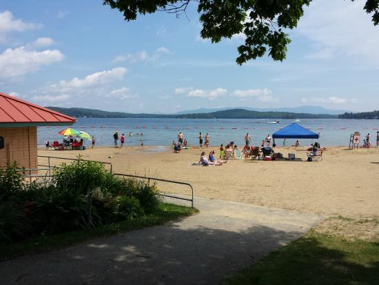 Weirs Beach, NH: Soft sandy beach