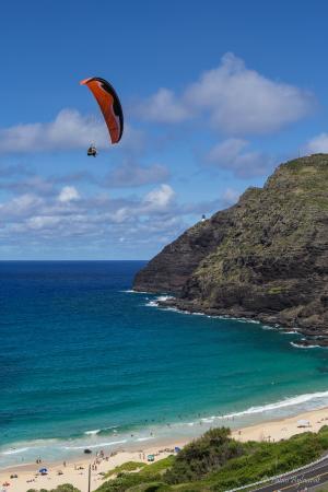 Waimanalo, HI: Flying tandem with HAWAII PARAGLIDING