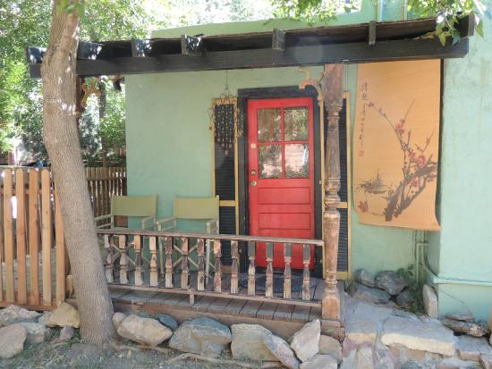 Cliff House Lodge and Hot Tub Cottages : Peking Palace