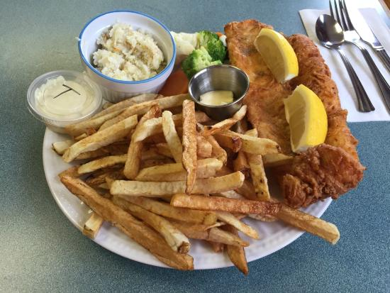 Pickerel Dinner - Two Sisters Diner, Latchford ON