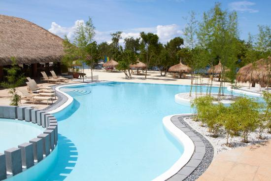 Bluewater Panglao Beach Resort: Aplaya Swimming Pool
