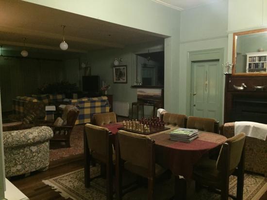Leura House: photo0.jpg