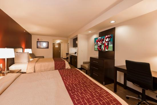 Red Roof PLUS+ & Suites Malone: Superior King