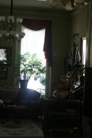 Gateway Bed and Breakfast: Main room