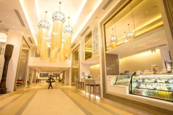 Dusit Princess Chiang Mai: hotel lobby