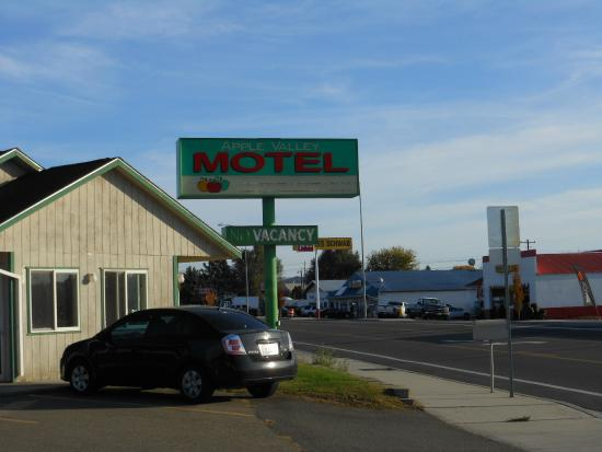 Apple Valley Motel