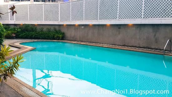 Lanna Palace 2004 Hotel: The small swimming pool