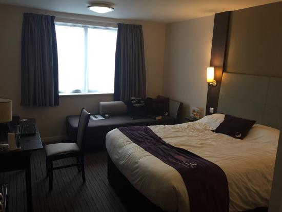 Premier Inn Trowbridge Hotel: photo1.jpg