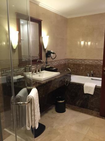 平價的高級旅館