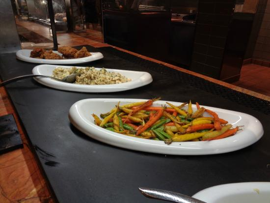 chicken and vegies picture of the buffet at wynn las vegas rh tripadvisor com