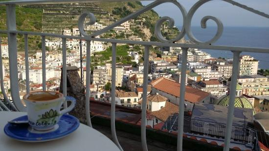 B&B Palazzo Cocò: A caffe while sitting on our private balcony