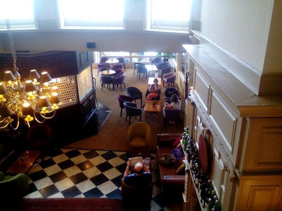 The Ocean Hotel: Nice lounge/entertainment area
