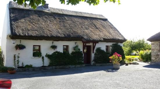 Cloch na Scith Thatched Cottage: Splendido B&B