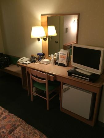 Plaza Hotel Annex: 禁煙シングル、フリーWifiです。