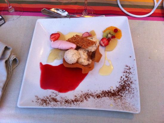 Chitenay, Γαλλία: dessert