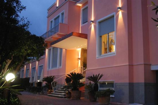 Hotel Napoleon San Remo: Hotel facciata 1