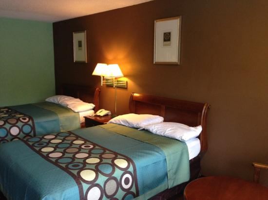 Super 8 Gaffney: double room