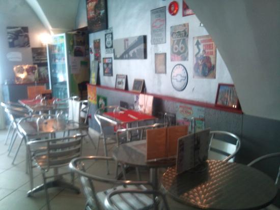 Chez Steph's Pizza : la salle