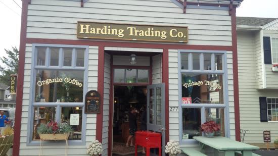 Harding Trading Company: Coffee shop entrance